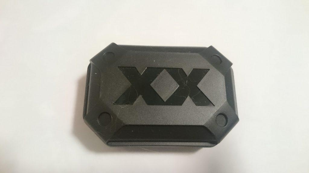JVCのカナル型イヤホンHA-FX1X-BRに付属する、しっかりとしたキャリングケース。