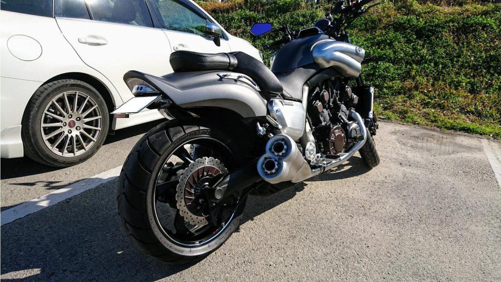 Freedconn バイク用 インカムをつけてひとっ走り。