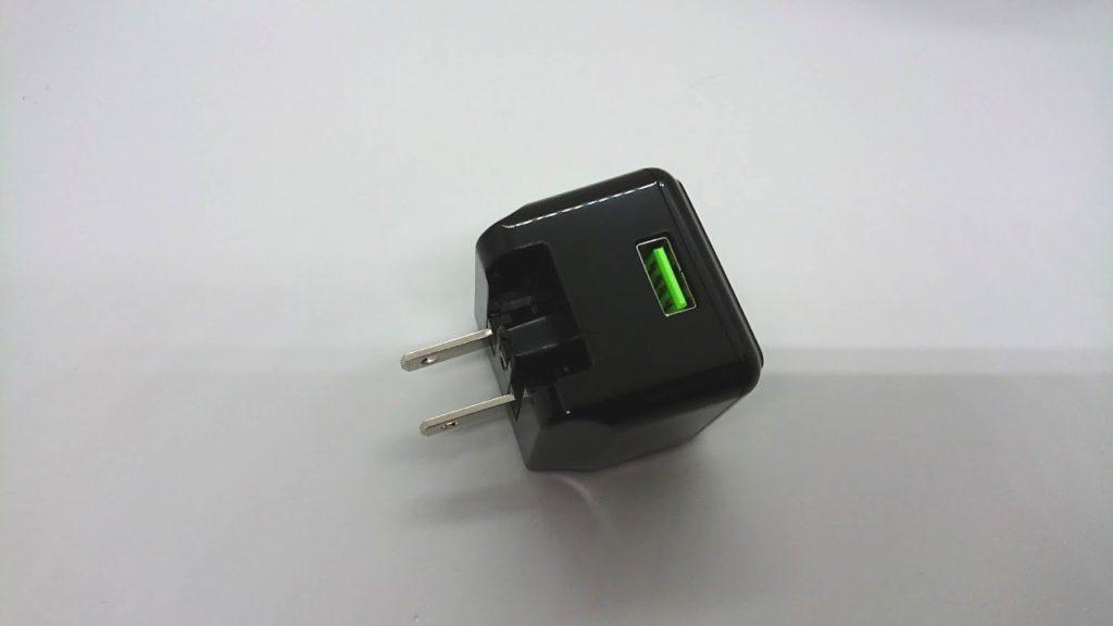 cheero Quick Charge 3.0 USB ACアダプタ CHE-315-BKはUSB一口タイプ。