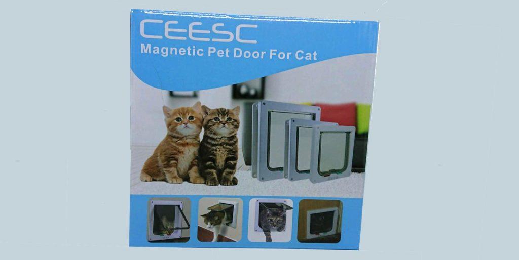 CEESC「4WAY ペットドア」のパッケージ。