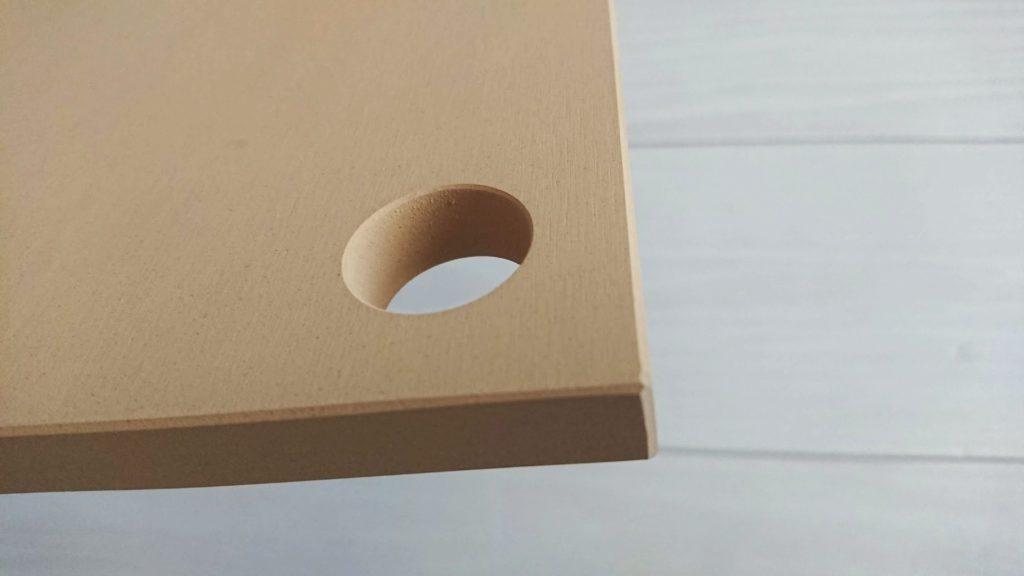 COCOCORO「ゴムまな板」に空いた穴。